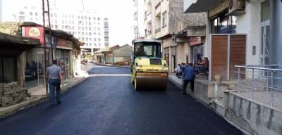 Şana Mevkii'nde asfaltlama çalışması...