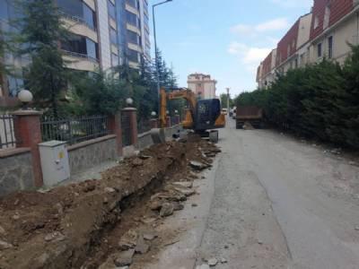 Eyüboğlu Sokak'ta Yağmur Suyu Hattı Çalışmalarımız Devam Ediyor