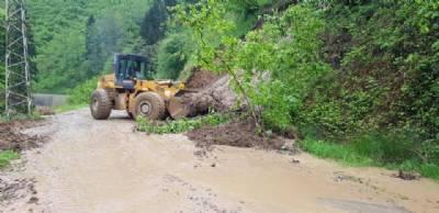 İlçemiz Genelinde Meydana Gelen Toprak Kayması Olaylarına Müdahale Edildi